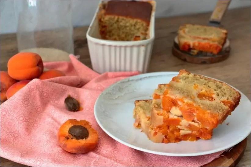 gateau abricots frais amande