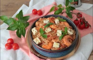 risoni aux crevettes tomate et feta marinée de Yotam Ottolenghi