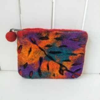 felt leaf purse red multi
