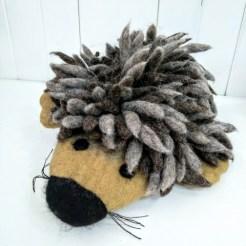 hedgehoog hand puppet 1
