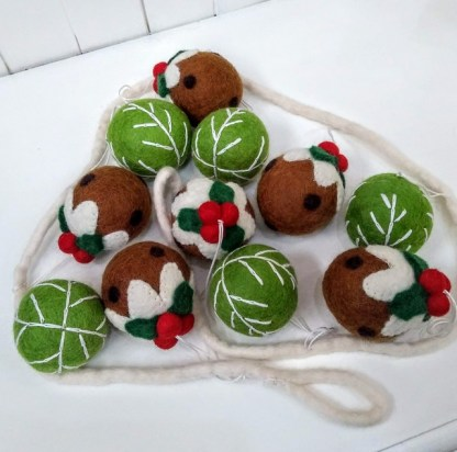 pudding and sprouut garland-001