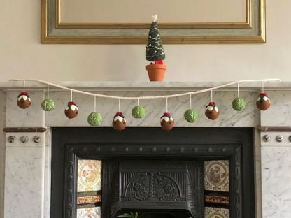 puddings and sprouts garland in situ