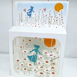 daisy field magi box card