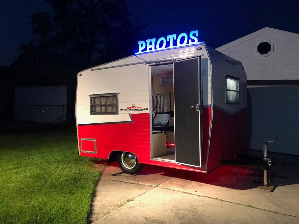 Happy Snap Vintage Trailer Photo Booth