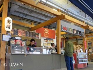 Fast food - style sushi in the Kingsland Farmer's Market: Big Catch