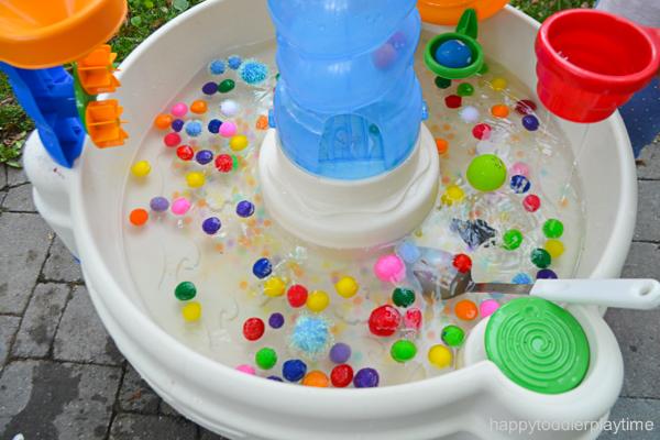 watertablepompom2.jpg