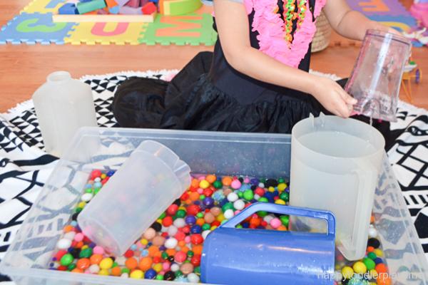 Pom Pom water sensory bin