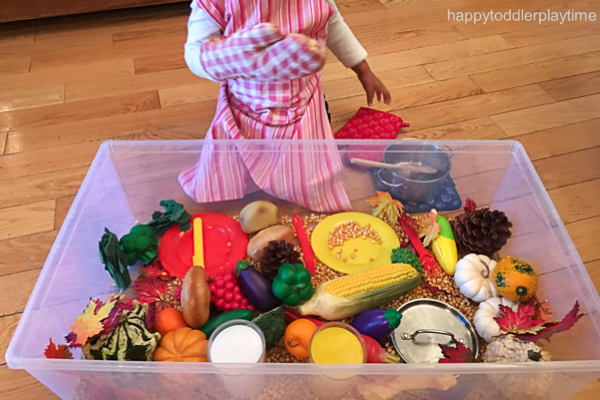 THANKSGIVING DINNER SENSORY BIN 3