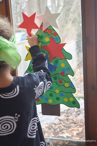 PIN THE STAR ON THE XMAS TREE 12
