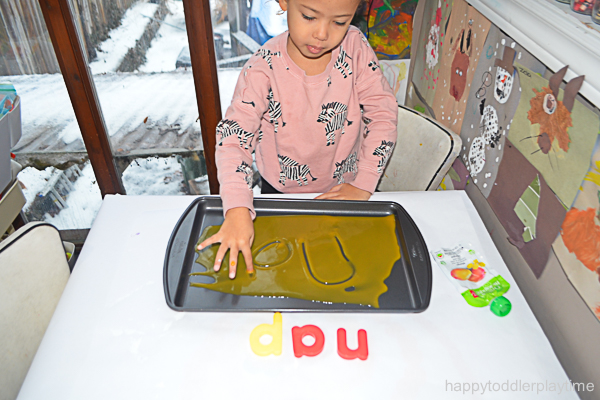 BABY FOOD WRITING TRAY 9