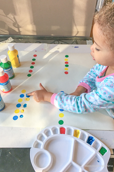 Early Math Pattern Making Activity for toddlers & Preschooler