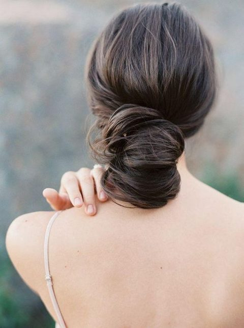 25 Chic Rehearsal Dinner Hairstyles