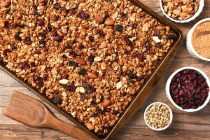 gluten-free alderwood smoked honey-nut granola