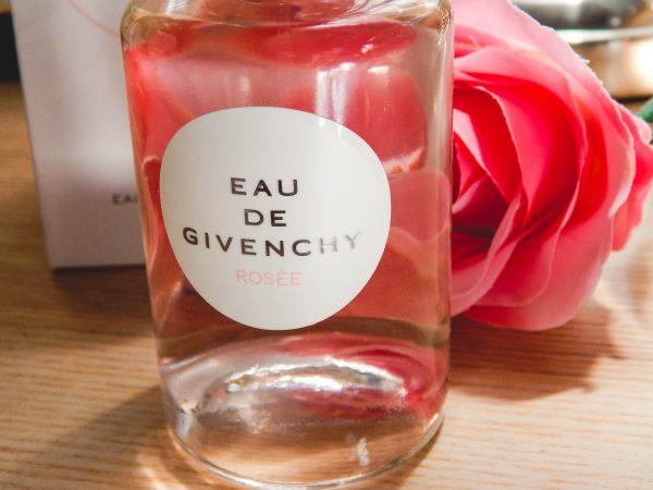 DSCN8102 600x450 - Givenchy : eau de Givenchy Rosée (Je découvre une marque)