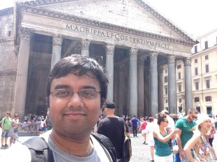 Me outside Pantheon