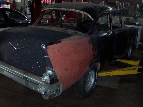 1957 Chevy AU (2)