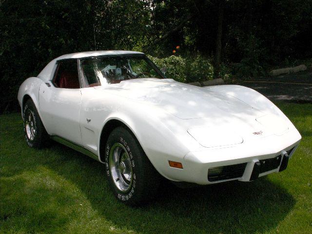 1975 Corvette (10)