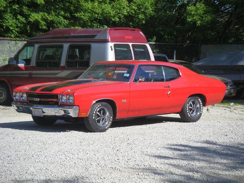 Red and Black Chevelle (1)