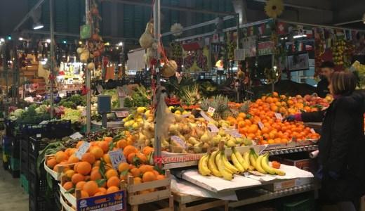 絶品パスタにオリーブオイル。イタリア・フィレンツェ中央市場のグルメ土産