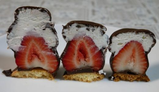 絶品イチゴシャンテが有名なオザワ洋菓子店、1個から予約出来ます!