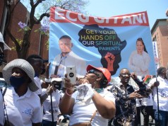 Bushiri supporters came in numbers to support their leader as they sang, prayed and danced outside the Pretoria Magistrate Court. Photo and videos by Raymond Morare.