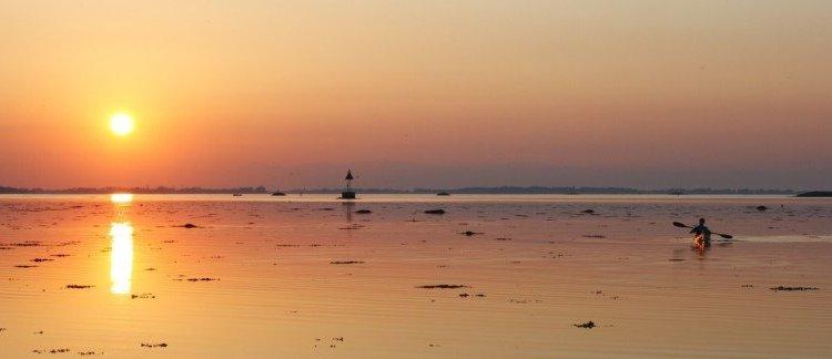 Kayaking in the sunset - Harba