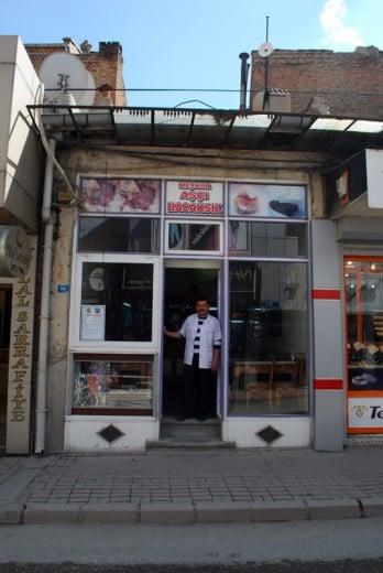 Meşhur Aşçı Bacaksız, Ahmet Madenci, Afyon