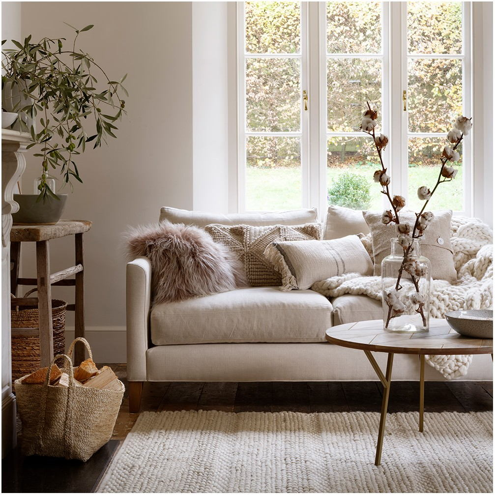 Glossy White Paint Living Room Ideas
