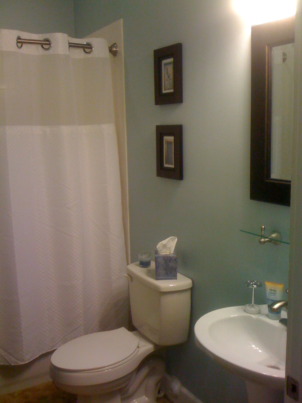 Best Small Bathroom Color Schemes