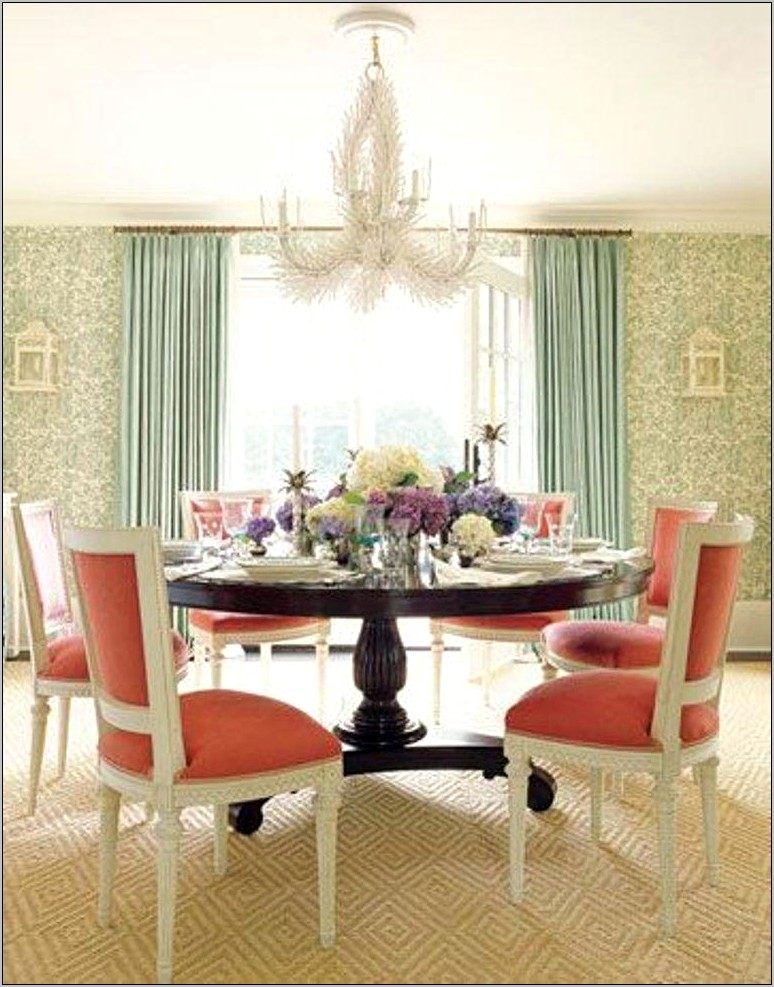 Classy Dining Room Chandelier Ideas