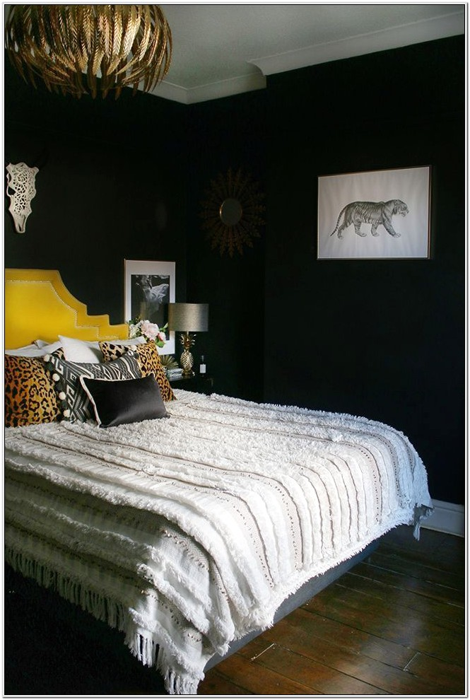 Bedroom Decor With Black Headboard