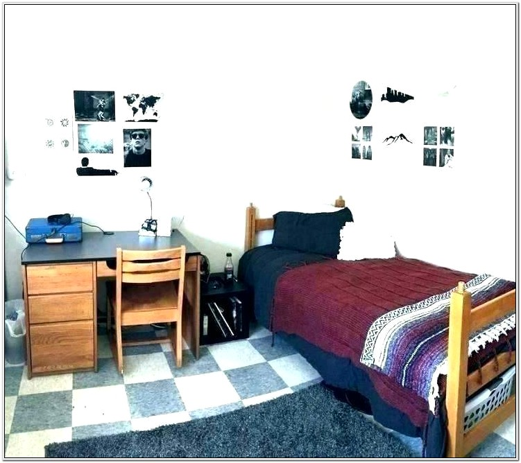 Bedroom Decorating Ideas For Young Man