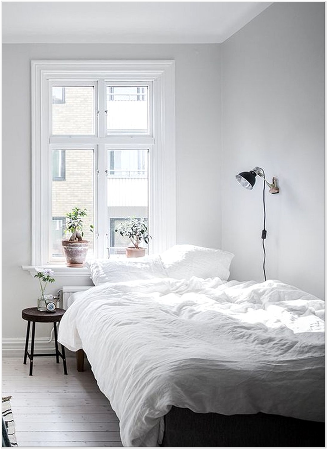 Bedroom Wall Decorating Ideas On A Budget