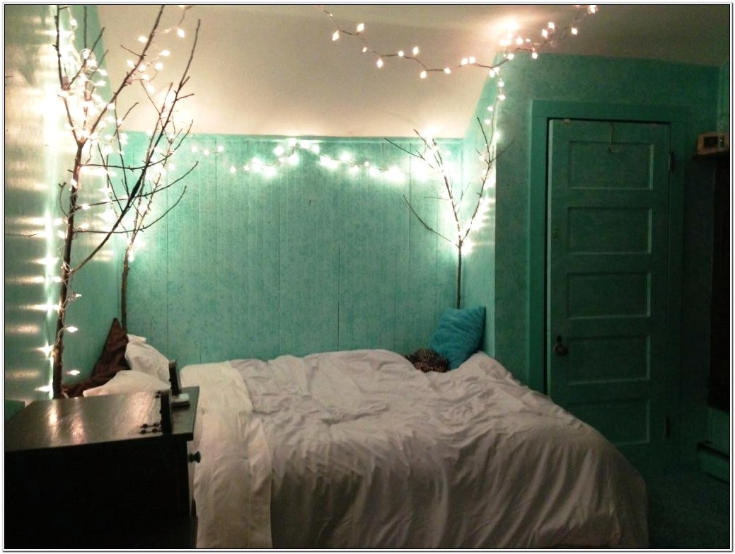 Best Ways To Decorate A Small Bedroom