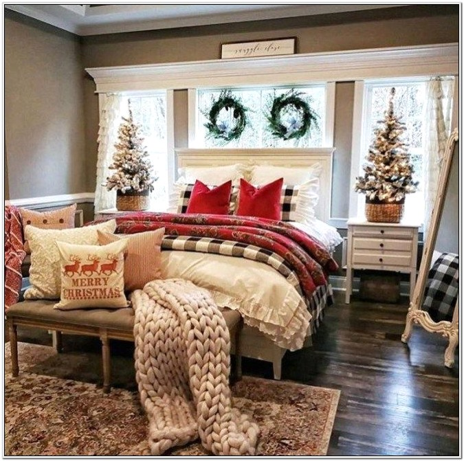 Christmas Decoration Ideas For Your Bedroom