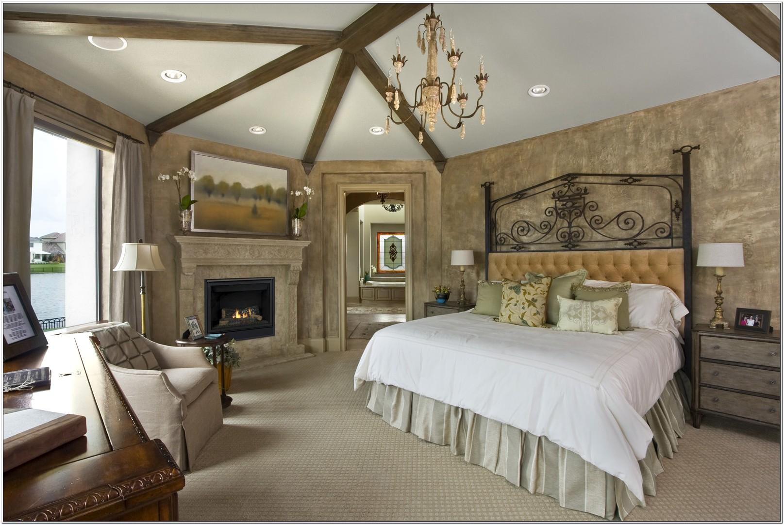 Classic And Chic Decor For Bedrooms