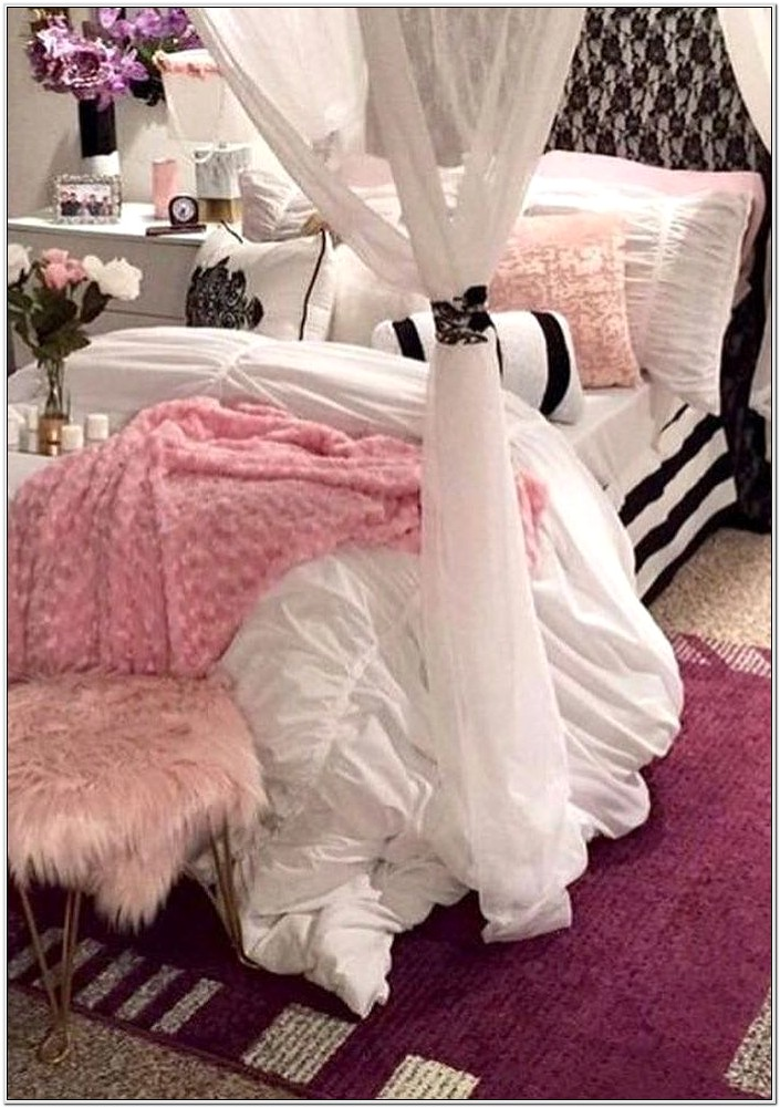 Couple Bedroom Decoration Images