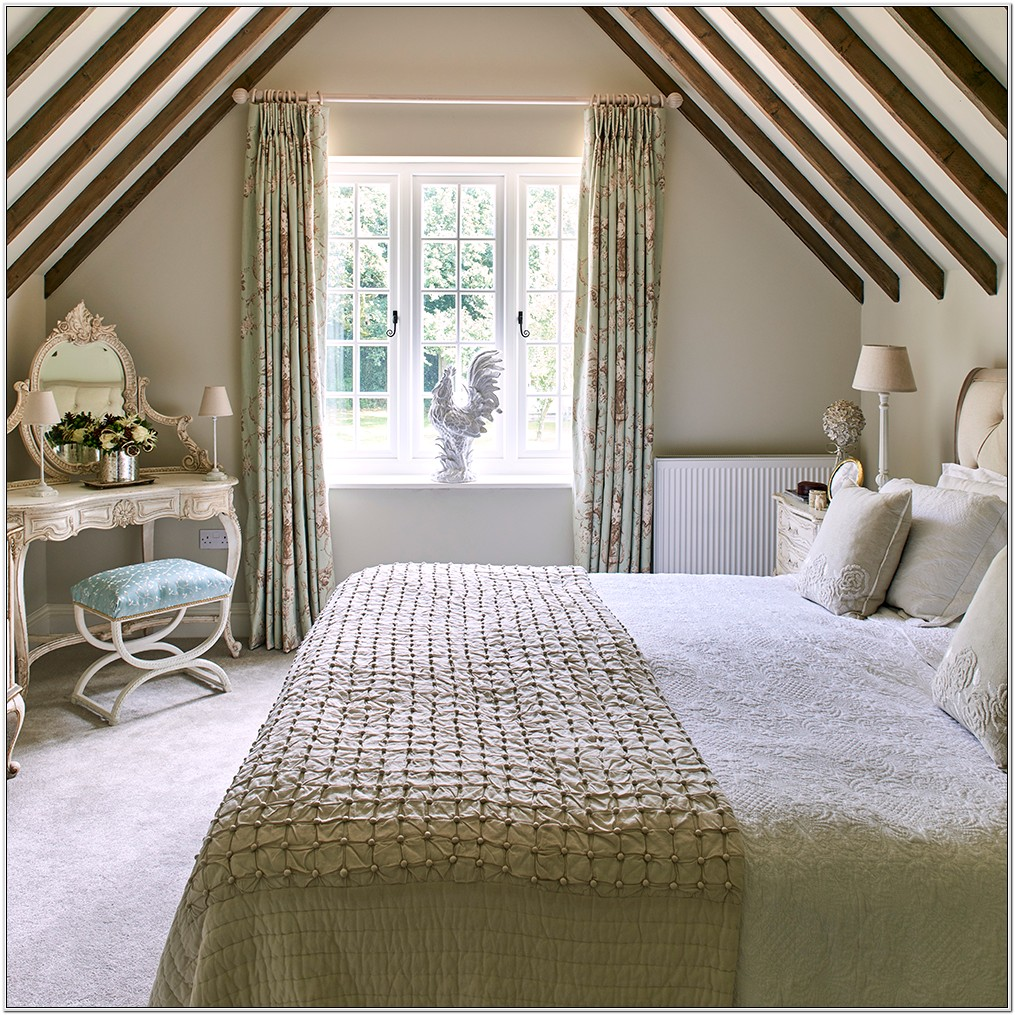 Decorating A Country Cottage Bedroom