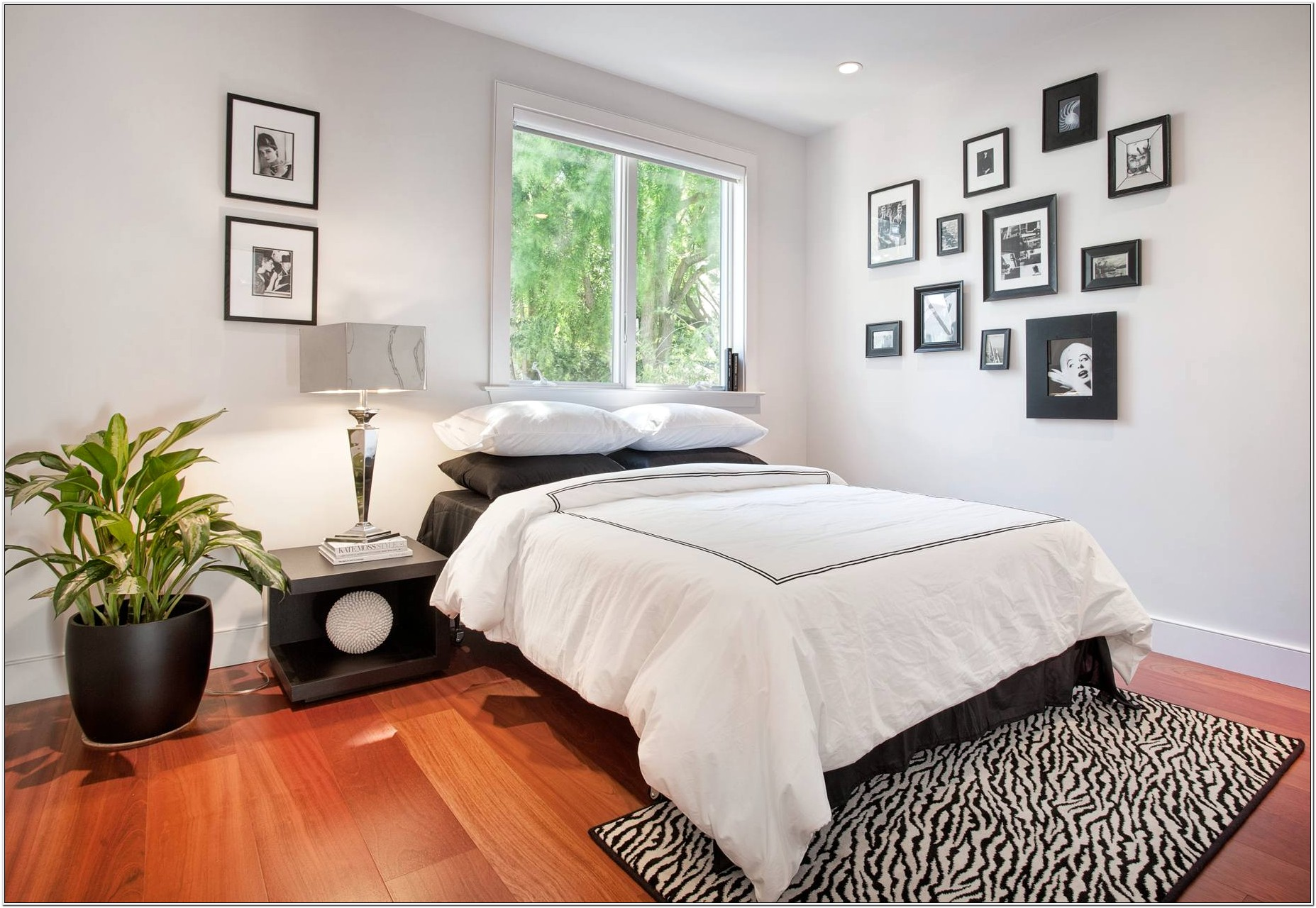 Decorating A White Walled Bedroom