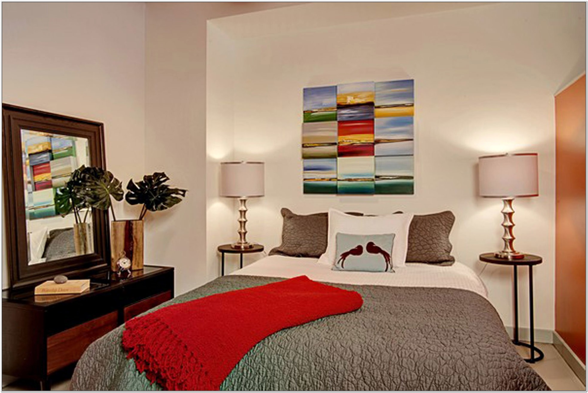 Decorating Bedroom With One Window