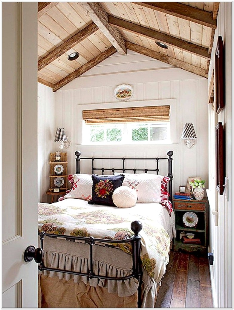 Decorating Small Cottage Bedroom