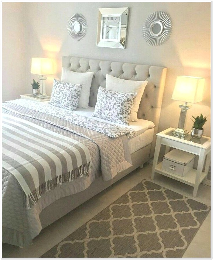 Decorating Very Small Master Bedroom