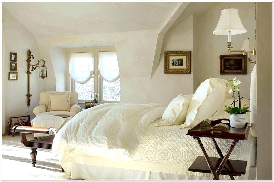 English Country Bedroom Decorating Ideas