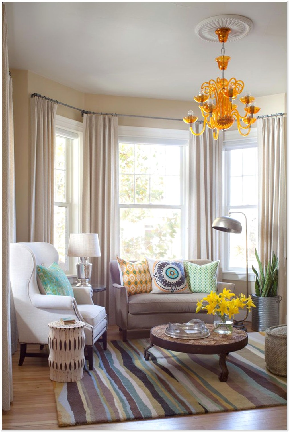Living Room With Bay Window Furniture Ideas