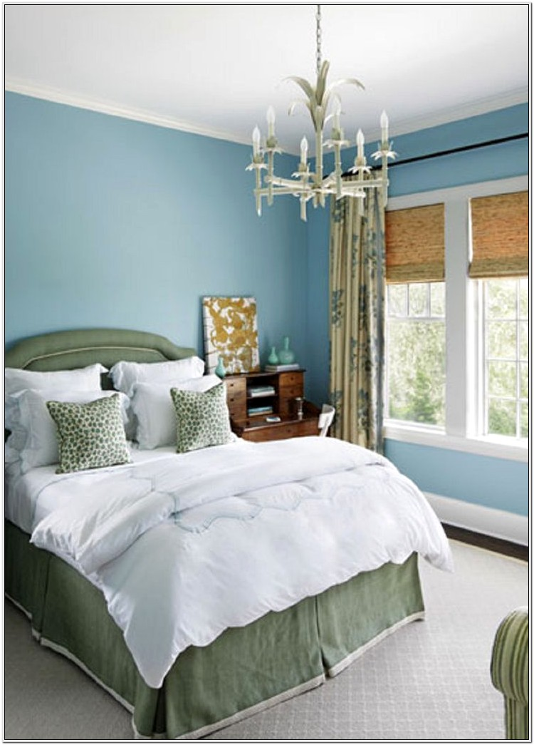 Master Bedroom Decorated With Green