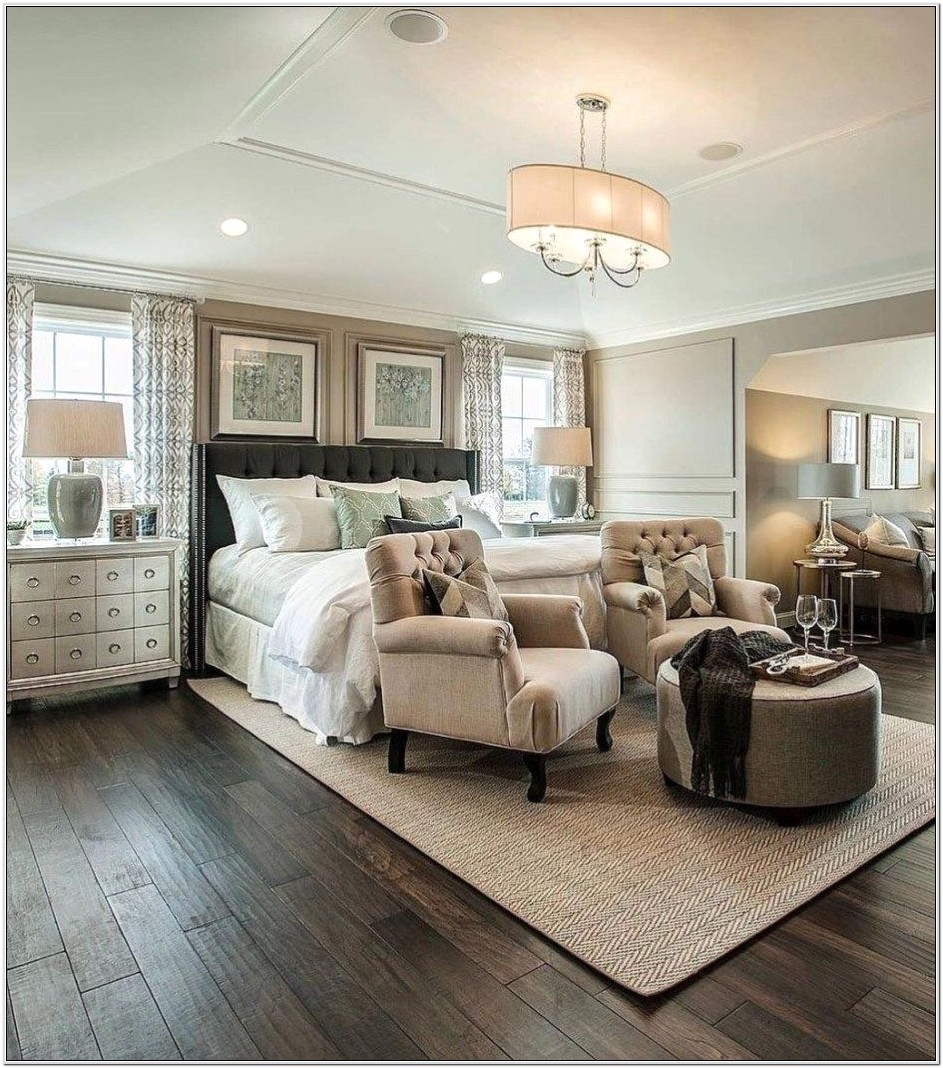 Master Bedroom Decorating Ideas With Seating Area