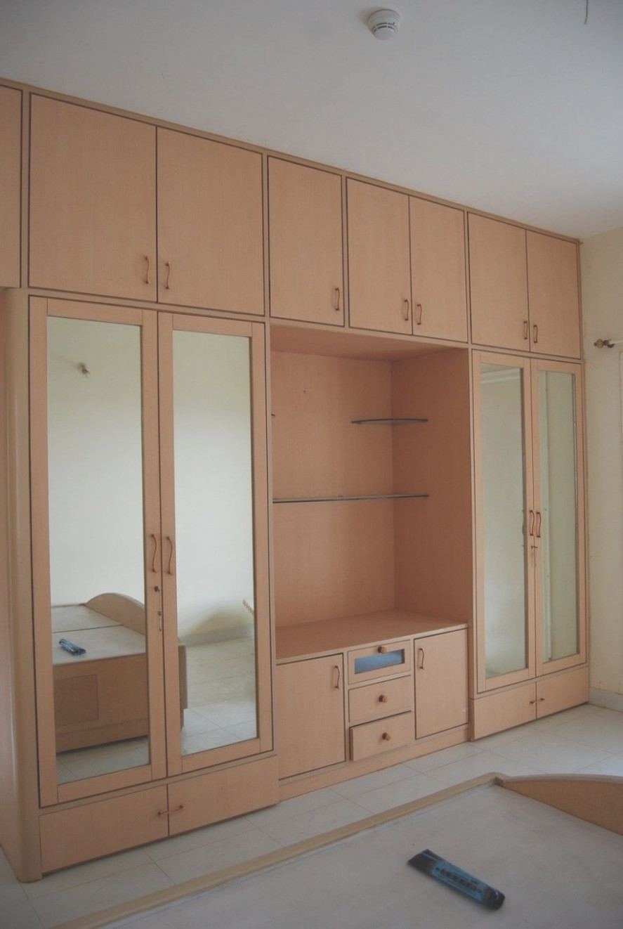 Bedroom Cabinet With Mirror