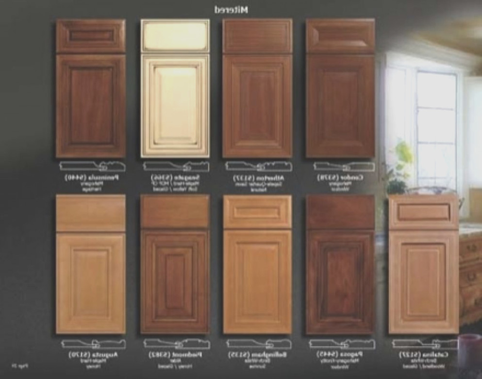 Stained Oak Kitchen Cabinets