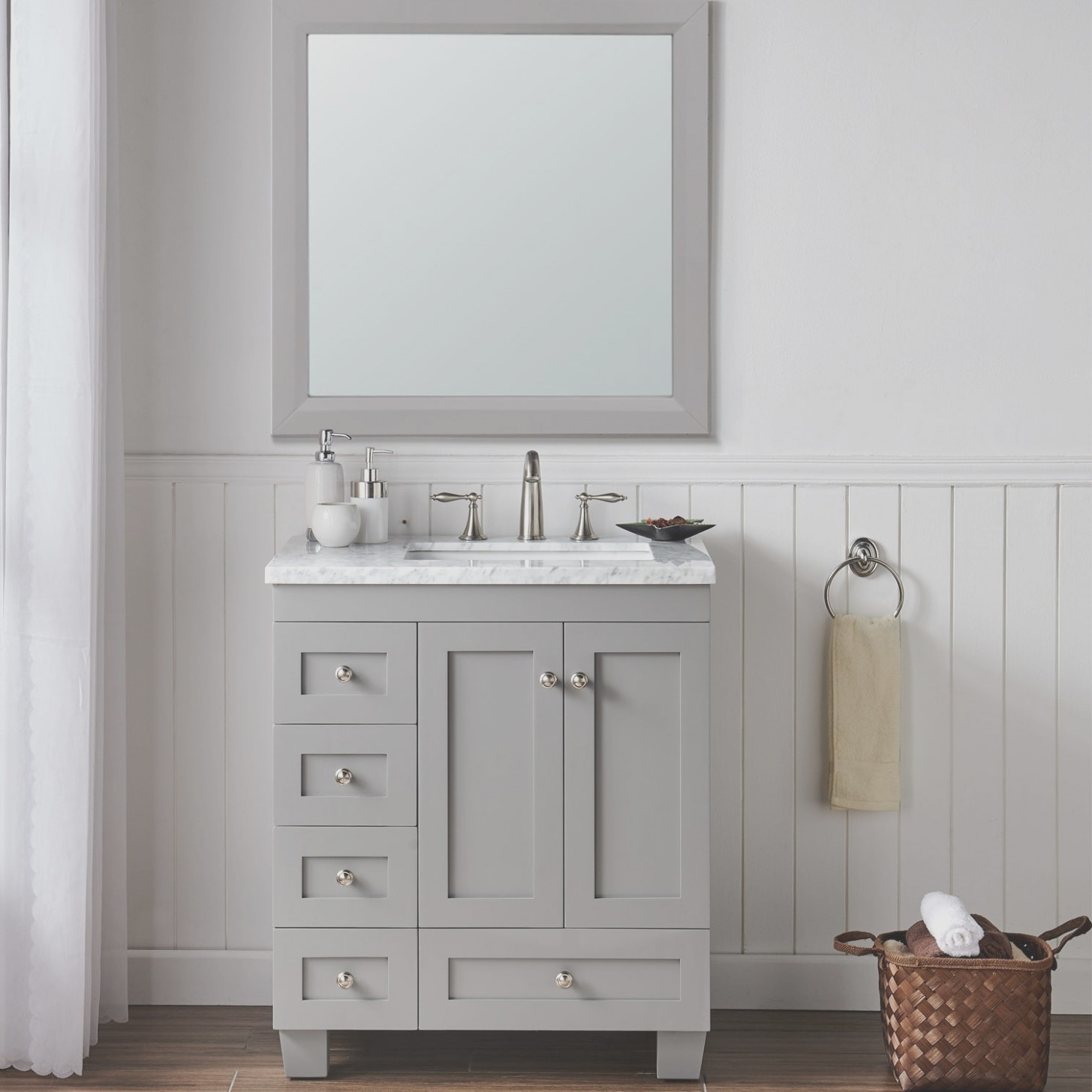 Transitional Bathroom Vanity Cabinets