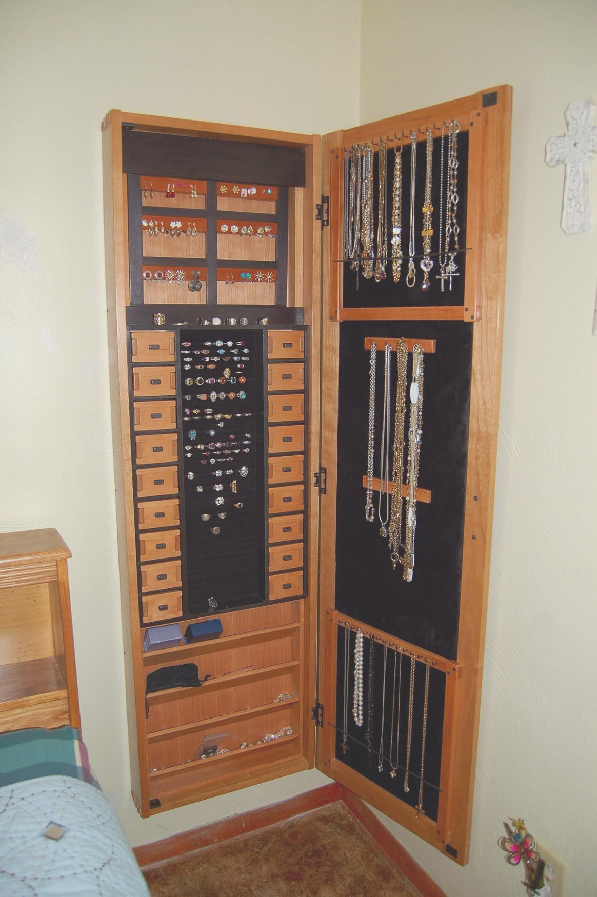 Recessed Wall Mount Jewelry Cabinet